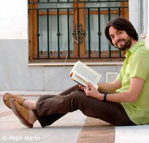 Andrés Neuman curriculum