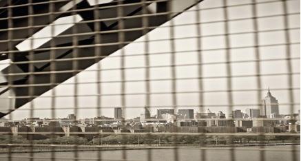 Perfil de Manhattan desde el puente de Williamsburg. : XAVI MENÓS