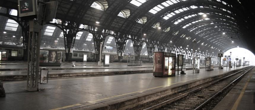 IMG_3037_Binari_Stazione_centrale_di_Milano_-_Foto_Giovanni_Dall'Orto_1-1-2007
