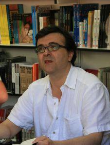 Javier_Cercas_en_la_Feria_del_Libro_de_Madrid_2009